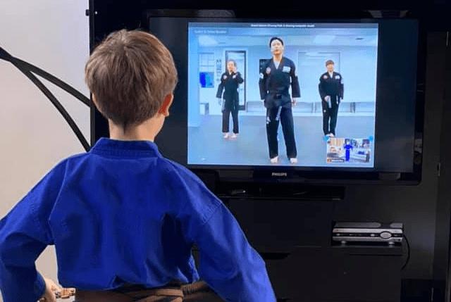 Kidsvirtualnologo, Summit Martial Arts in Mason City, IA
